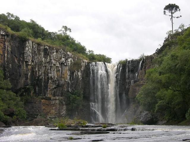 Camping Parque das Cachoeiras da Família Tormenta Goulart