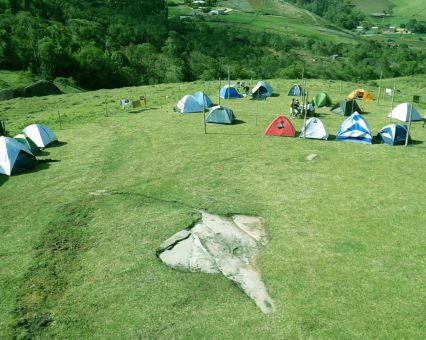 Camping Ecoparque Pedra Azul Aventura