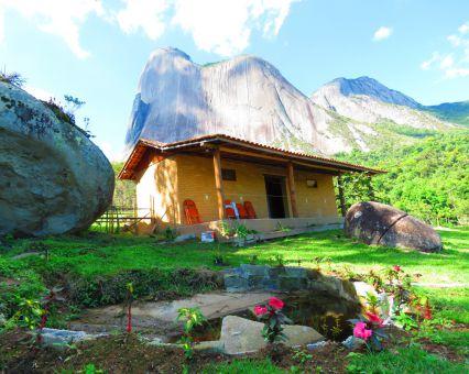 Camping Ecoparque Pedra Azul Aventura-Domingos Msrtins-ES