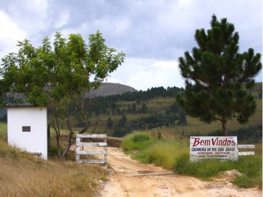 Camping Cachoeira Rio São Jorge