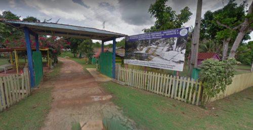 Camping Cachoeira da Porteira-presidente figueiredo-AM-porteira