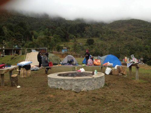 Camping Ararate – Pico da Caledônia