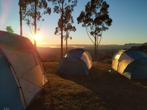 camping família x serra catarinense montanha da neve bom retiro sc santa catarina acampamento primitive  neve geada 2019 barraca quechua7
