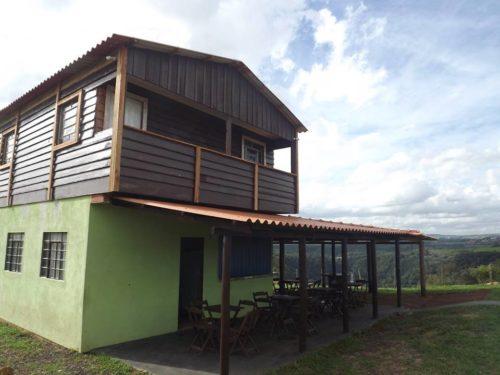 Camping Estância de Lazer Império Pura Pedra-Faxinal-PR-5
