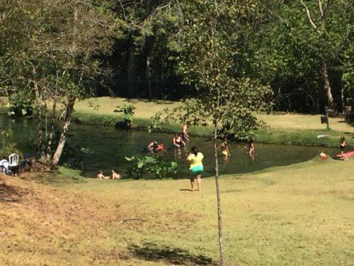 Camping Lagoa Azul-Vila PRopício-GO-21