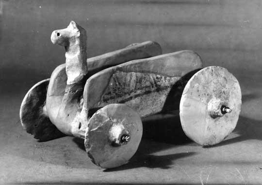 Early+wheeled+cart.jpg