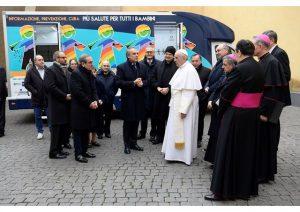 Papa Doa Motor Home P/ Crianças e Idosos das de Roma