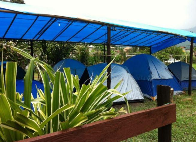 camping cobertura barracas