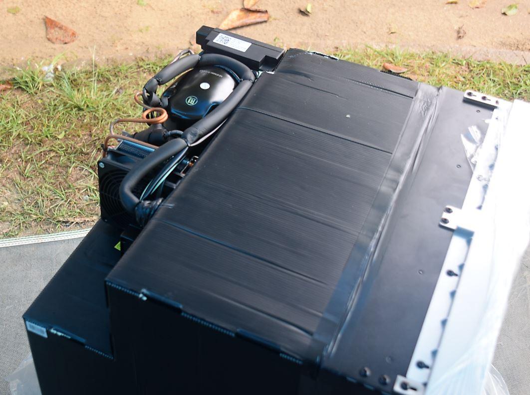 Sistema de compressor e condensação superior