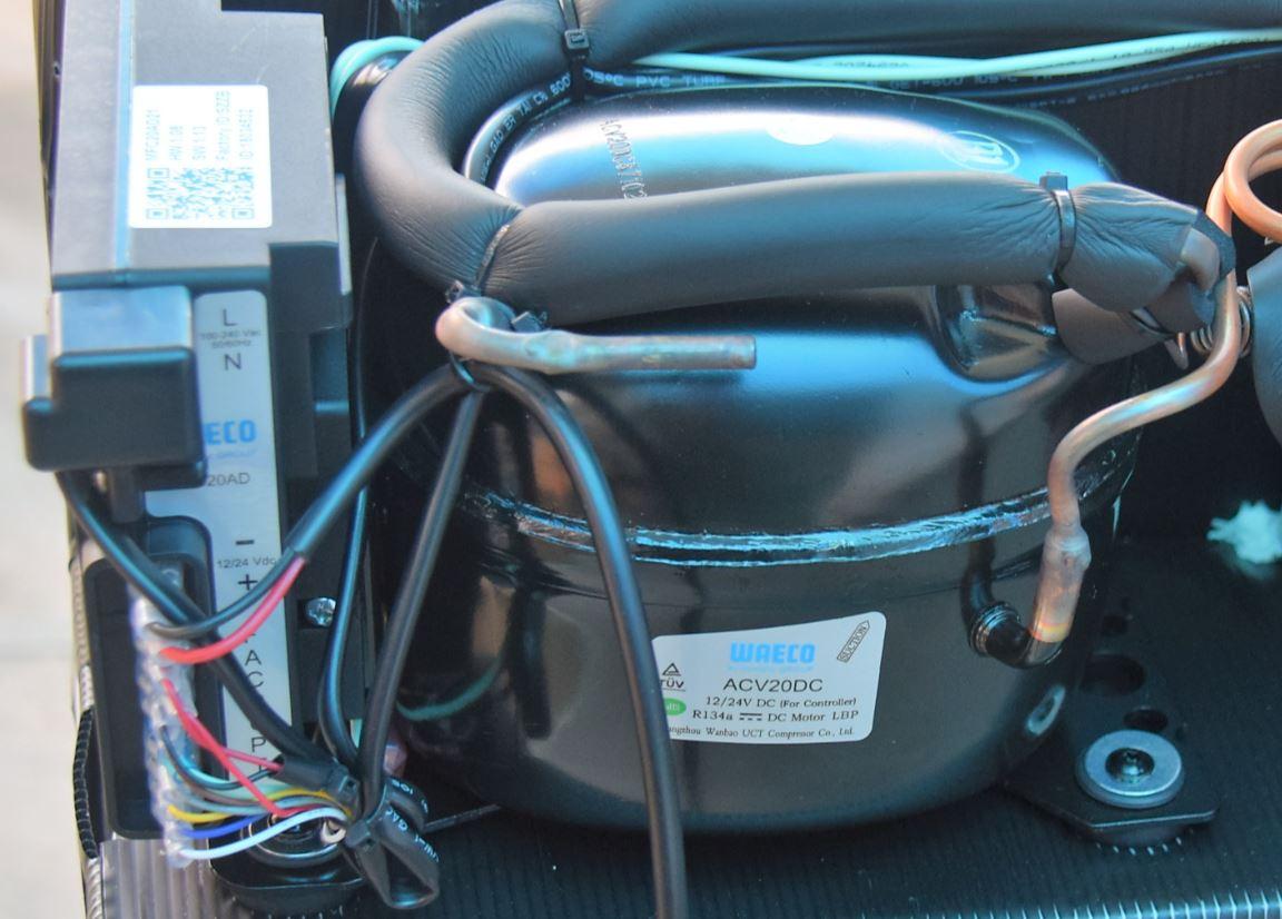 Compressor com sistema quadrivolt WAECO