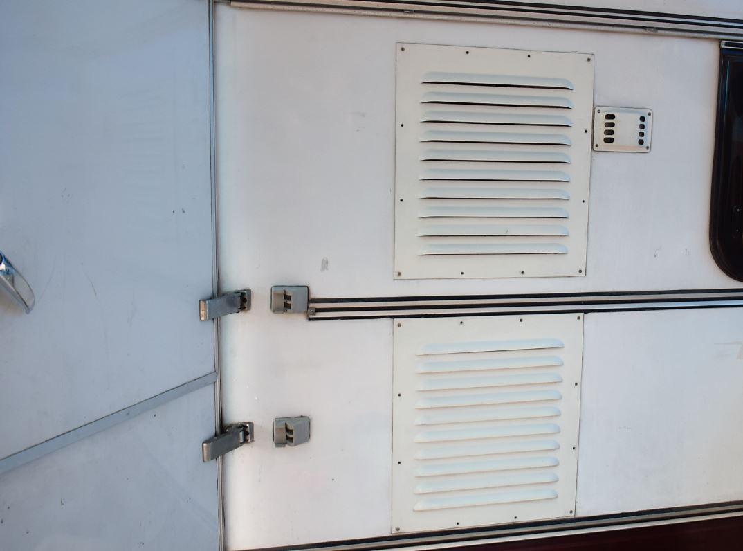 Grelhas de ventilação do Trailer Karmann Ghia