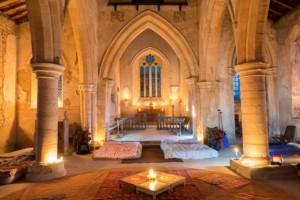 Curiosidade: No Reino Unido é Possível Acampar Numa Igreja