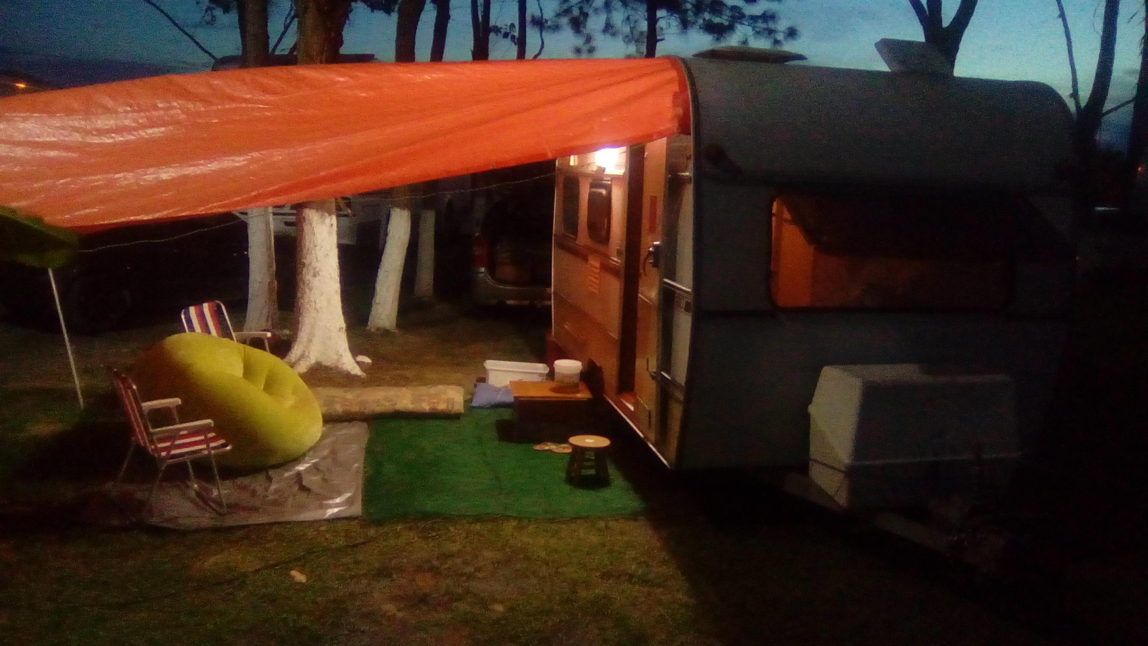 Depois dos perrengues, acampamento montado.
